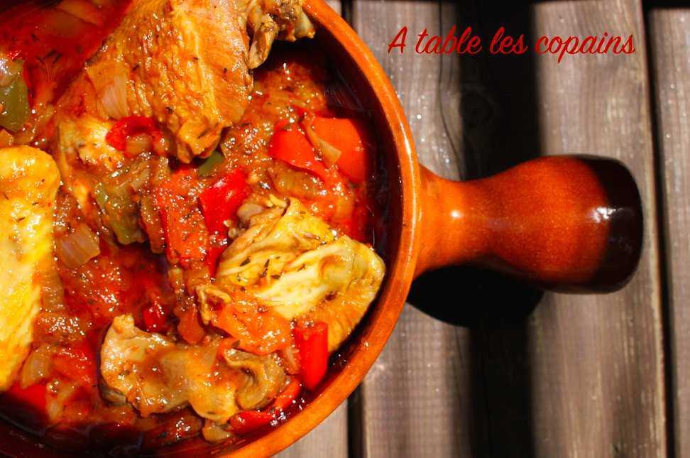 Poulet à la mode de Sare ou communément appelé poulet Basquaise